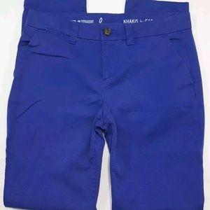 Gap Khakis Chino pants broken in straight size 0